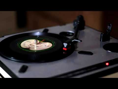 Vinyl Showdown - Don't Let Me Down (The Beatles)