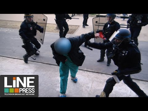 La manifestation interprofessionnelle vire aux affrontements / Paris - France 19 avril 2018