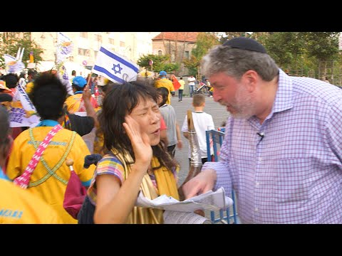 Sparks Fly When Christians Try To Convert Rabbi Tovia Singer At Israel Parade!