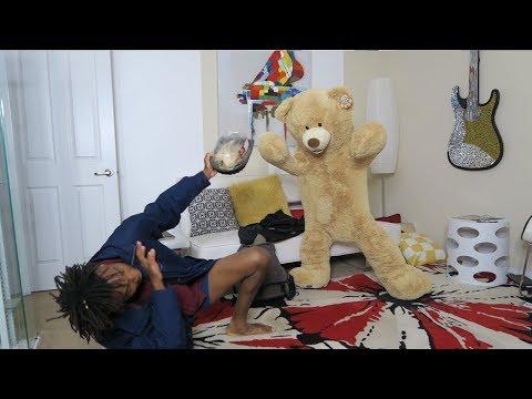 GIANT TEDDY BEAR SCARE PRANK ON COUSIN!!! (HILARIOUS)
