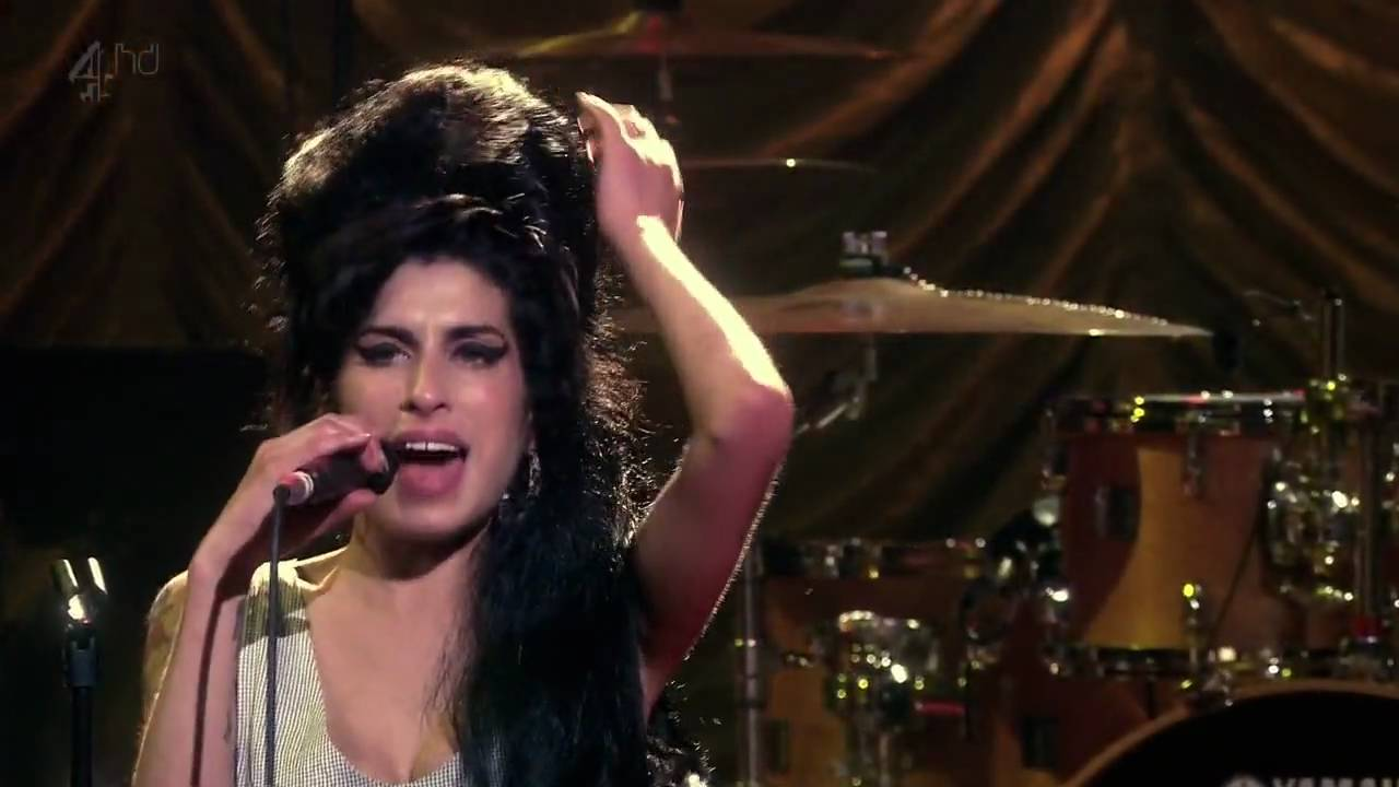 I Cried For You On The Kitchen Floor Amy Winehouse You Know Im No Good Live At Shepherds Bush