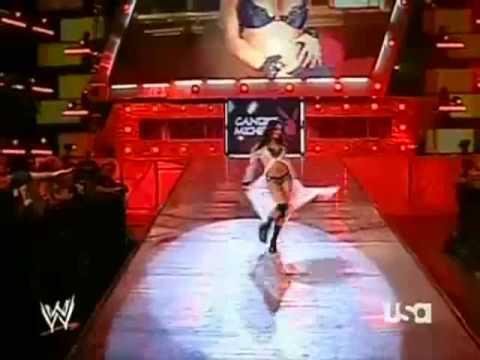 Candice Michelle entrance