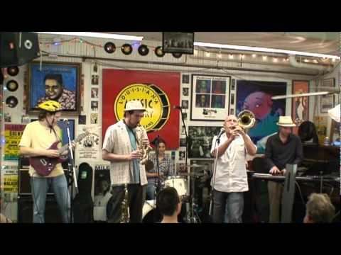 Neslort @ Louisiana Music Factory JazzFest 2011