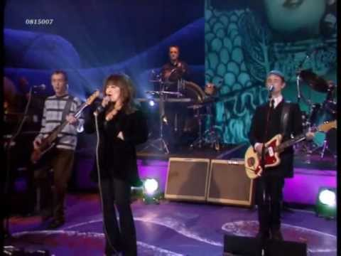 (Ronettes) Ronnie Spector - Don't Worry Baby (Beach Boys)(live 1998) HD 0815007