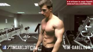 Tim Gabel Posing - 18 yrs old flexing - TIM-GABEL.COM
