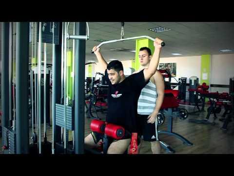 Antrenament Personal In Sala De Fitness - Iulian Dinu Antrenor Personal