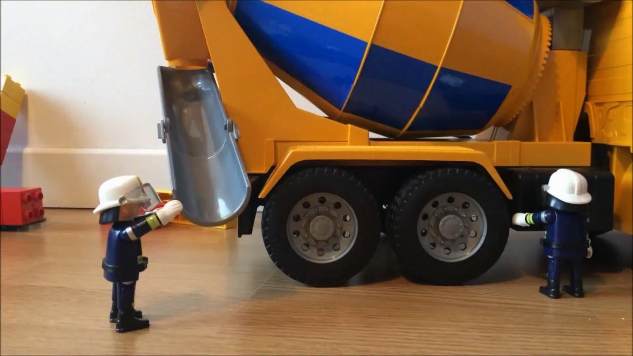 Film playmobil carnage au camion toupie doovi - Camion toupie playmobil ...