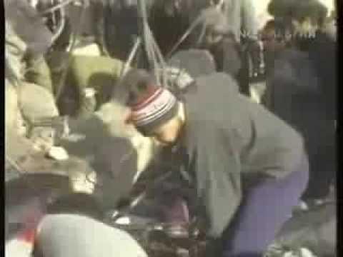 В зоне землетрясения в Армении - Время 1988