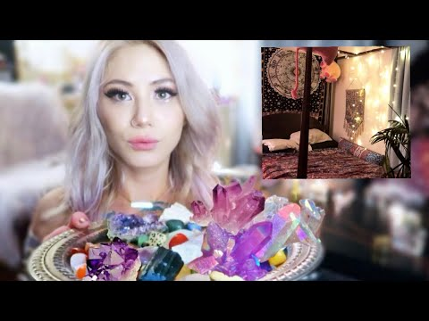 My Witchy Bedroom (Crystals & Occult Collection)