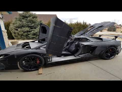 A Physicist and His Son Are 3D-Printing a Full-Scale Lamborghini