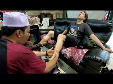"""Two Masters! """"Reflexology"""" FOOT MASSAGE 🇲🇾 Johor Bahru Malaysia"""