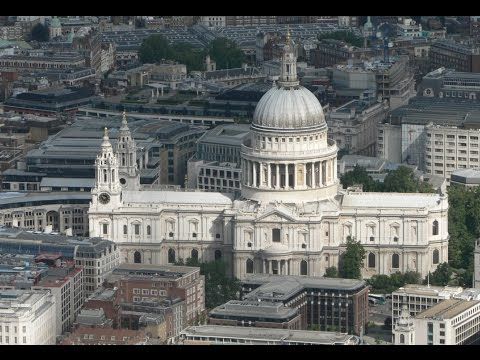 ST. PAUL'S CATHEDRAL LONDON, PANORAMIC VIEW FROM THE DOME