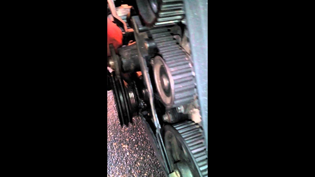 Hyundai h200 timing belt repair 2 youtube hyundai h200 timing belt repair 2 fandeluxe Image collections