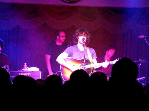 """Pete Yorn Whiskey Roadhouse """"Don't Wanna Cry"""""""