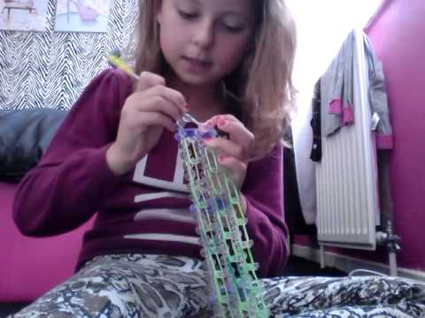 how to make a loom bands person