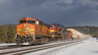 [HD] BNSF Trains in Snow through Northern Arizona! January 2018
