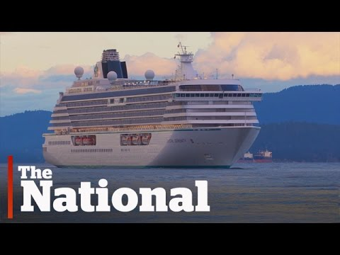 Crystal Serenity| Massive Cruise Ship Sails Northwest Passage
