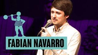 Fabian Navarro – Goldgelb Nuancenlos