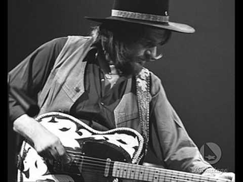 Clyde - Waylon Jennings