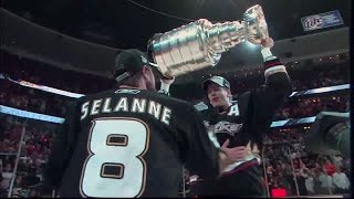 Pronger: Shares in Cup Glory with Teemu Selanne (2007)