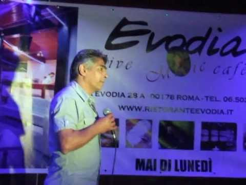 "Karaoke Evodia Salvo Calabrese canta ""Quello che non ti ho detto mai"".al FestEvodial"