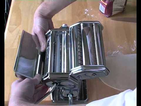 how to clean a rusty pasta machine
