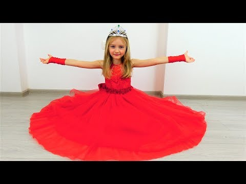 Polina sews a beautiful dress for  the ball for princesses
