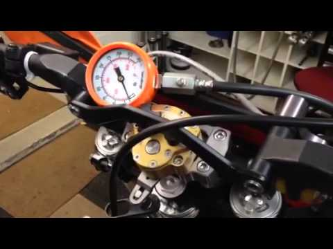 How to Compression Test 2 Stroke Engines