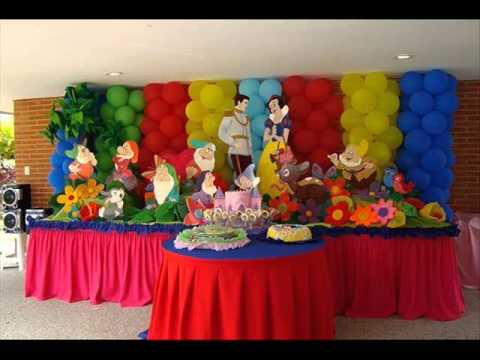 Payasos clowns fiestas birthday cumplea os en new york 917 for Decoracion de puertas para cumpleanos