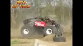 "VIDEO OFF ROAD MONSTER RACING V8 ""MOBIL OFF ROAD EXTREME 4X4 MONSTER RACING BERPUTAR DI UDARA"""