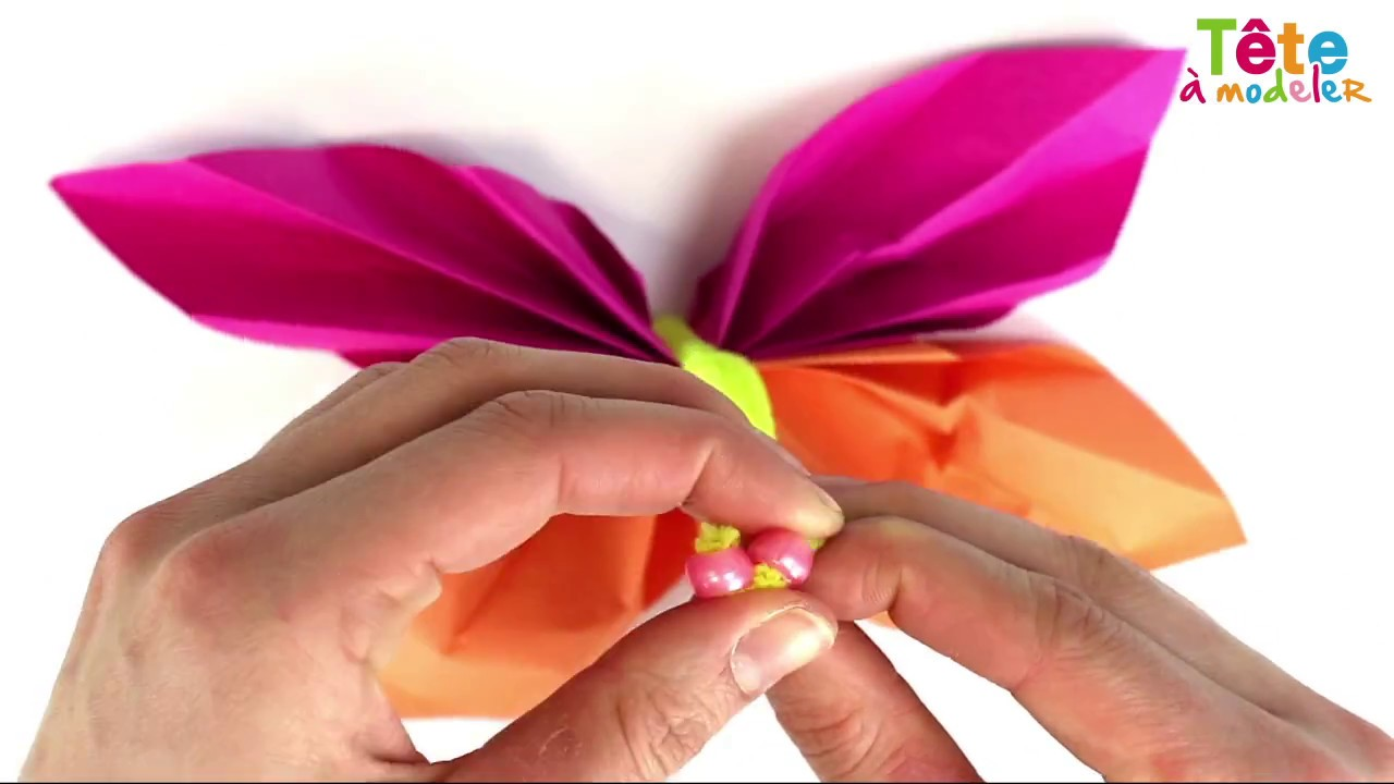 TUTO] Papillons de papier - Une vidéo by Tête à modeler - YouTube