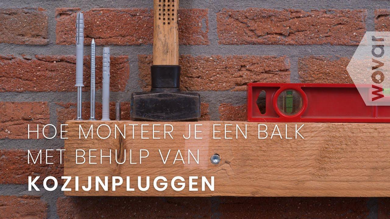 Plank Plat Tegen Muur Bevestigen.Balk Aan De Muur Bevestigen Kozijnpluggen Youtube