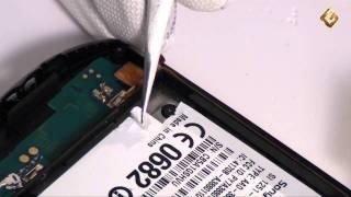 Sony Ericsson Xperia Pro - как разобрать смартфон и его обзор(Ремонт телефонов Sony. http://www.goldphone.ru/service/catalog/telephone/sonyericsson/ Видео-обзор с описанием разбора смартфона Сони..., 2011-11-23T20:36:24.000Z)