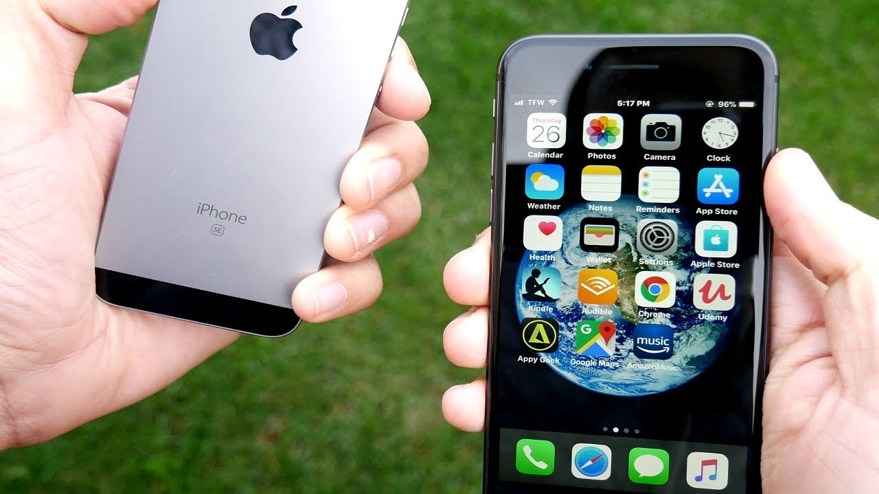 iphone 8 size vs se