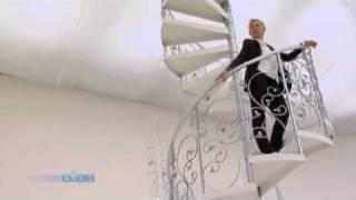 Ellen Degeneres - Covergirl Commercial 2010 + Making of