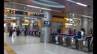 つくばエクスプレスの起点となる秋葉原駅の改札口の風景