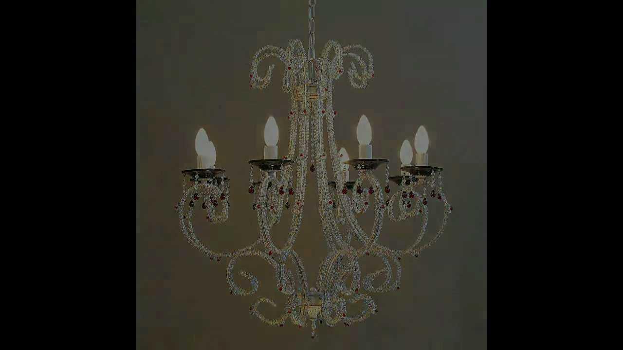 Anteprima della serie 1800: lampadari moderni con cristalli colorati ...