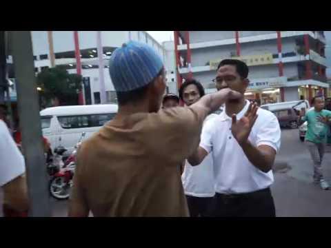 Samseng Umno mengamuk di Bazar Ramadan Kluang — MiLo SuaM
