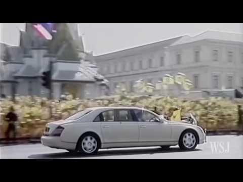 Thailand's King Bhumibol Adulyadej Dies at 88