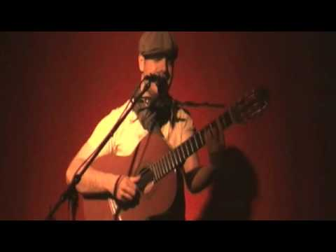 "Sebastian Schwarzbach - ""Couldn't Wait Another Day"" Live @ Glockenbachwerkstatt"