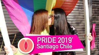 Lesbicosas en el #Pride2019 Santiago de Chile + compilación de #besos con #orgullo