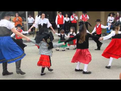 Alsatian Dancers 7