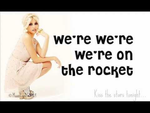 Pixie Lott - Kiss The Stars Lyrics