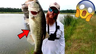 Fishing for HUGE Bass in TROPHY Fish Pond!!!