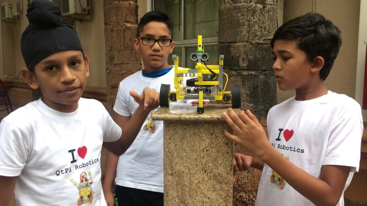 Qtpi Robotics St Johns Wood Boys Testing The Obstacle Avoider Youtube