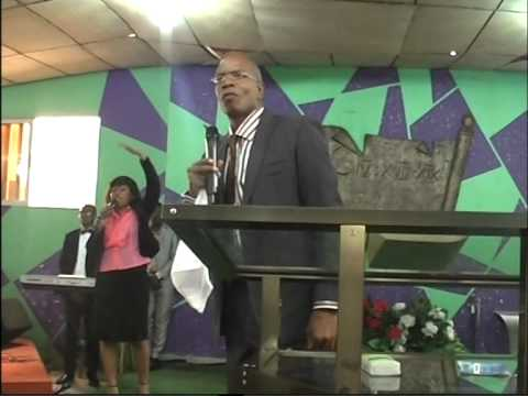 Bible Teaching special friday night in TOGO Apostle Robert Bryant