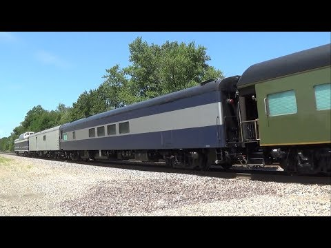 Thumbnail: Horn Show from Amtrak with Five Private Cars