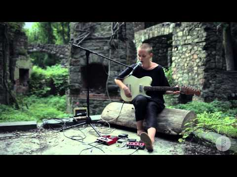 "Session: Sea Oleena - ""Soften"""
