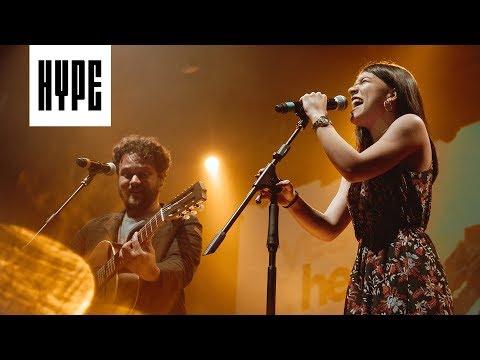 Priscilla Alcantara + Marcos Almeida // Vem Me Socorrer (Ao Vivo No HYPE)