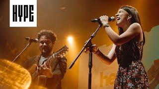Gambar cover Priscilla Alcantara + Marcos Almeida // Vem Me Socorrer (Ao Vivo no HYPE)